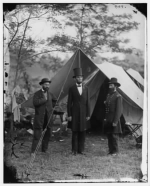 Lincoln at Antietam.jpg