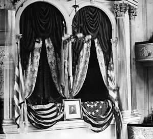 lincoln-booth-ford-theater.jpg