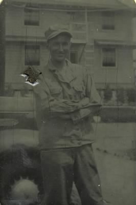 "4 July 1943 photo, from  paperframe encaptioned ""Always Thinking of You""- Fred?"