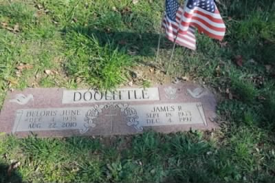James Robert Doolittle & Delores Headstone - Fold3.com
