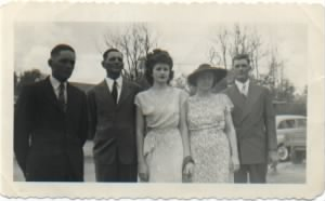 aunt dink williamson and family.jpg