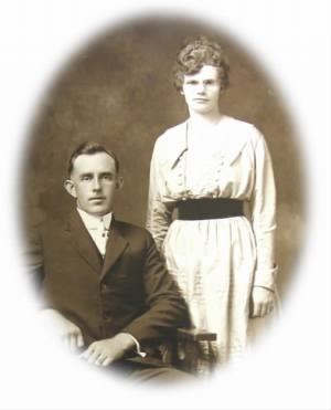 Loren and Martha Klapmeier Sisson -  wedding.jpg