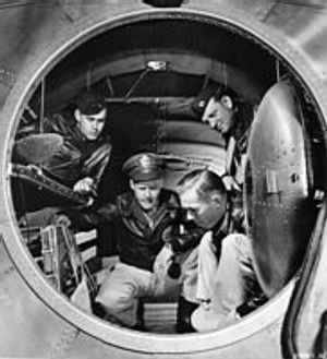 182px-Interior_of_a_B-29_Superfortress_bomber.jpg