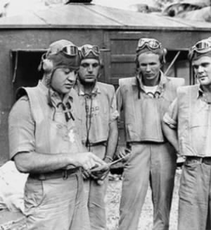 Pappy Boyington (left).jpg