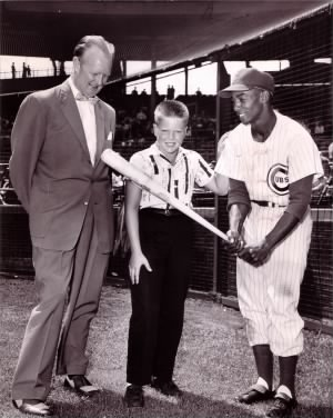 Jack Brickhouse with Ernie Banks.jpg