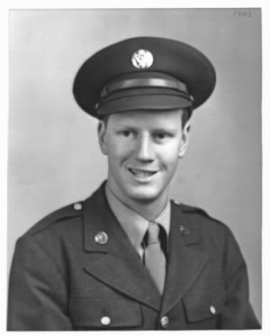 Paul Bills Army Portrait 1943.jpg
