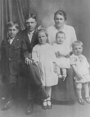 Wesley and Martha MUELLER's Family
